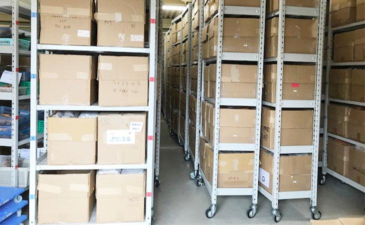 業務用スチールラックの耐荷重の違いは?150kg、200kg、500kgなど